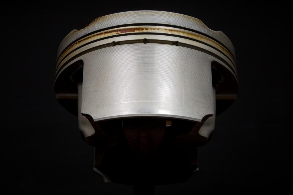 piston2-8904